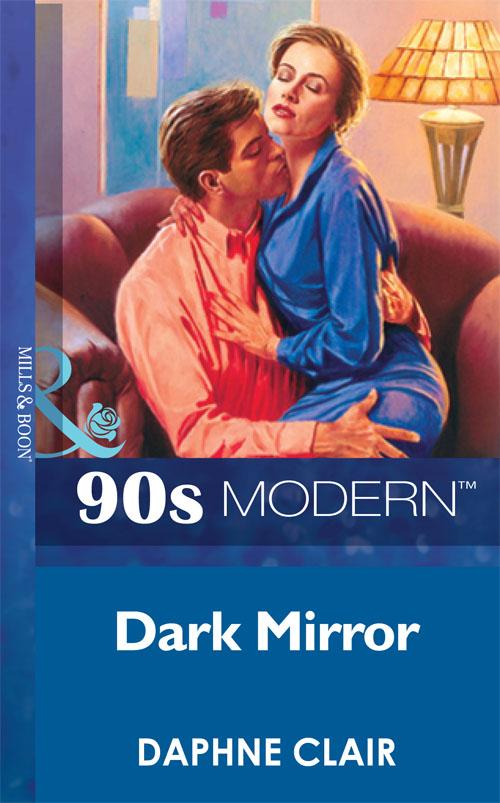 Daphne Clair Dark Mirror fler köln